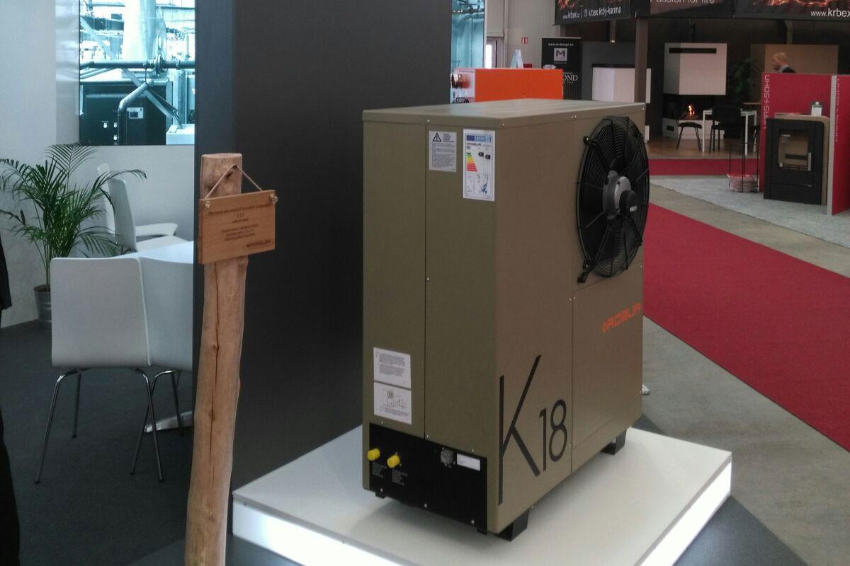 ROBUR K18 presentata alla fiera For Arch in Repubblica Ceca